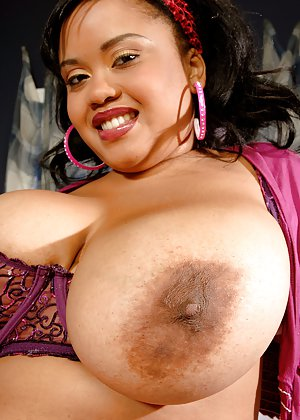 nipple photos girl african